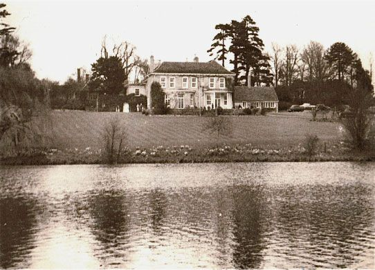 Coopersale House, once home of the Archer family, in about 1958