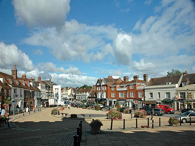 High Street, Battle, today, via www.battle-sussex.co.uk