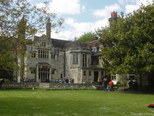 Southover Grange (via wanderingsheila.com)