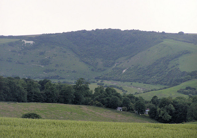 High and Over and Chalk Horse from above Litlington, Sussex ((via wikimedia)