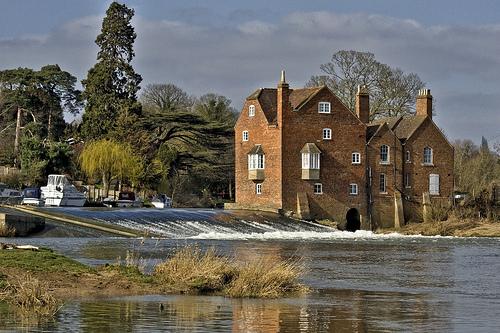 Fladbury, Worcestershire