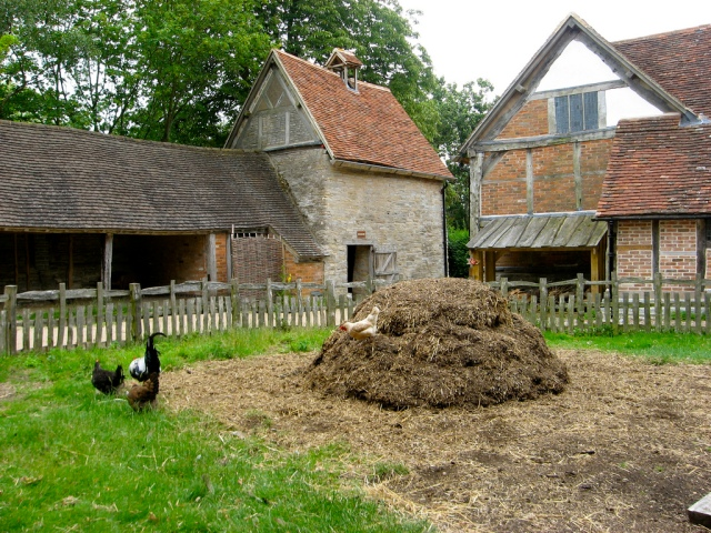 Reconstruction of a Tudor farm (via flickr.com)